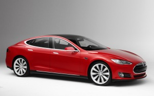 2013-tesla-model-s-front-three-quarter-1
