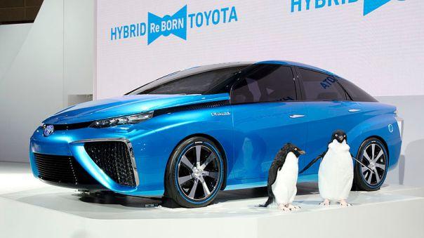 2013_Toyota_FCV_CONCEPT_01